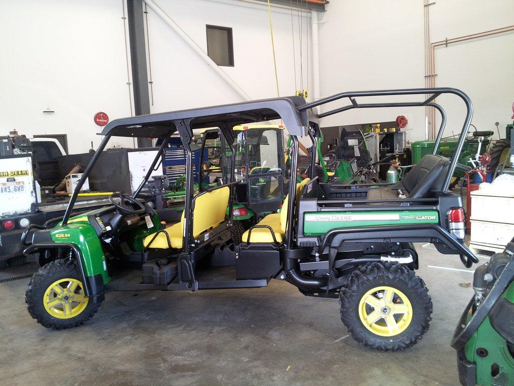 John Deere Gators >> Utvma Back Seat And Roll Cage Kit For John Deere Gator 825i
