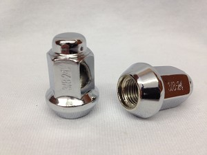 3/8x24 Beveled Lug Nuts, Chrome